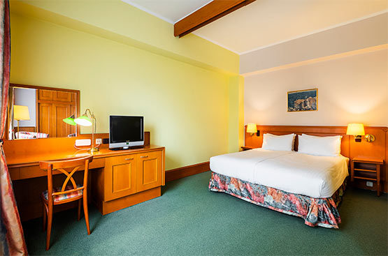 Standard room, Hotel International, Praha